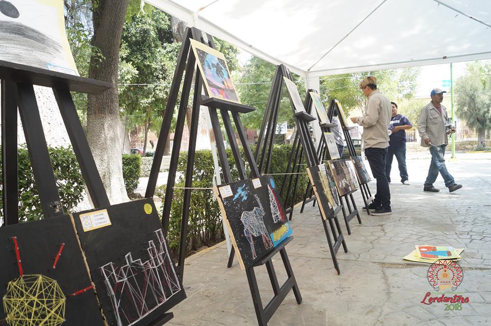 Exposiciones colectivas e individuales en el Lerdantino